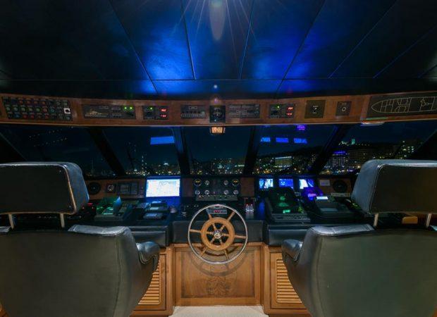 armon elba motor boat charter mallorca