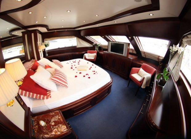master cabin benetti 100´