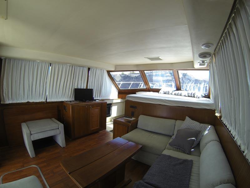 Hatteras 45 hire motor yacht crewed flybridge in lanzarote in lanzarote