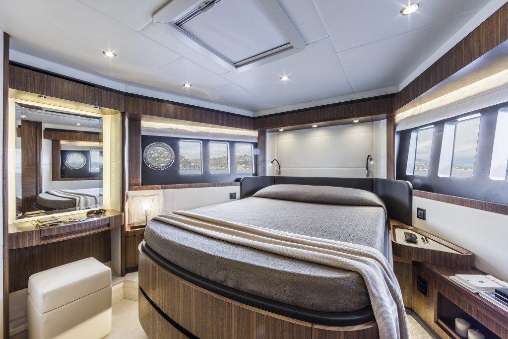 absolut 58 navetta yacht boat charter palma de mallorca