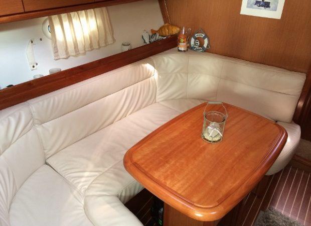 bavaria 33 sport boat charter mallorca