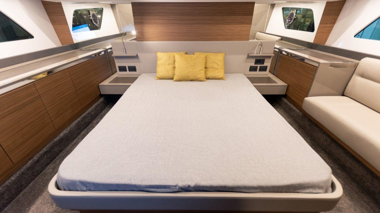 master cabin ferretti 450 boat charter and yachts mallorca