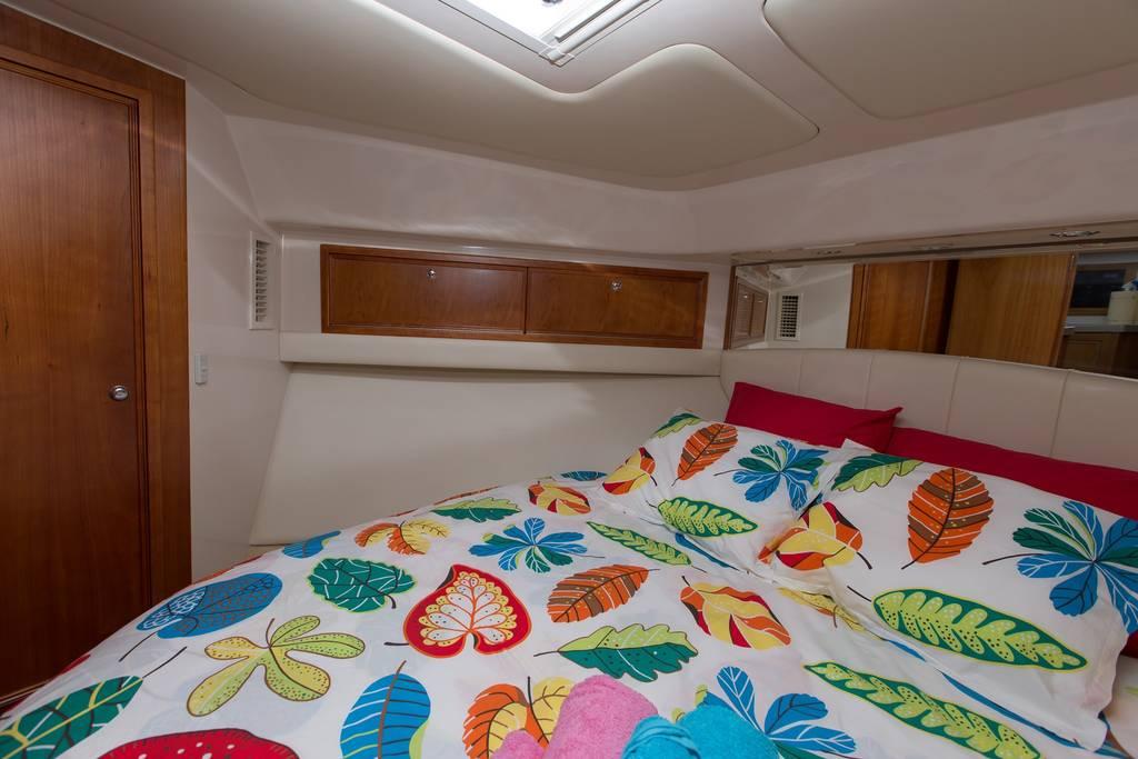 riviera 33 rent flybridge motor yacht for fishing in lanzarote