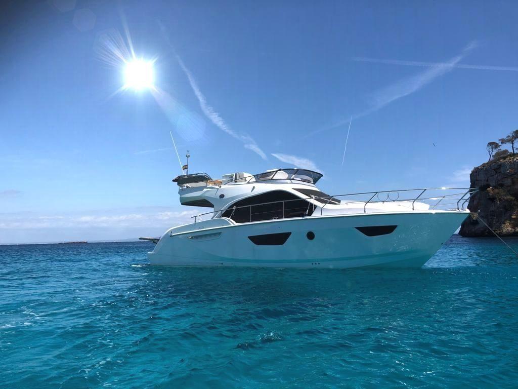 sessa 42 fly boat charter rental palma mallorca