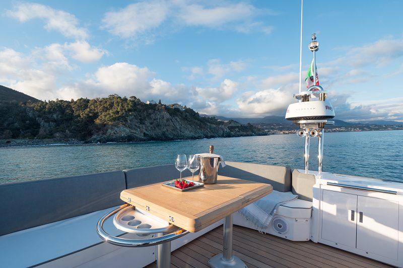 sessa flying dori 54´ yacht charter mallorca ibiza