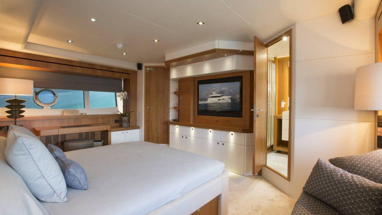 sunseeker play the game yacht charter balearic islands