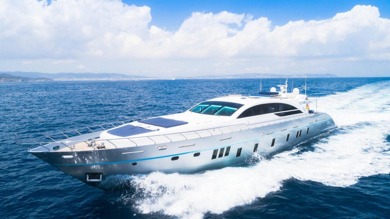 luxury yacht charter ibiza mallorca tecnomar 120 blue jay