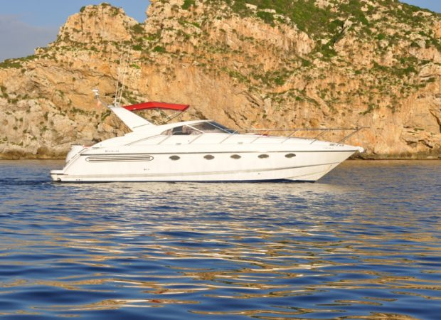 fairline 43 palma de mallorca yacht hire