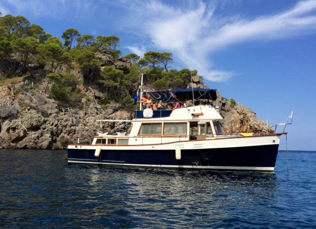 grand banks 42 mallorca boat charter