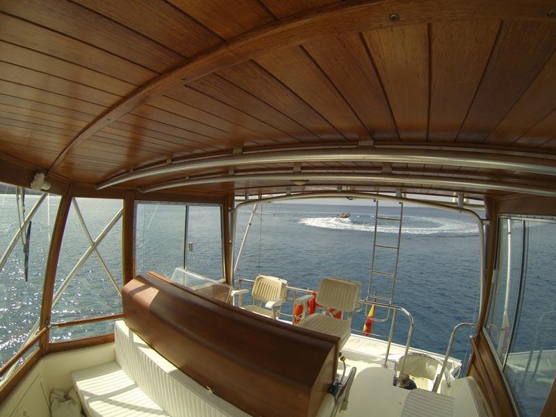 Hatteras 45 aura marina yates de alquiler en lanzarote y fuerteventura