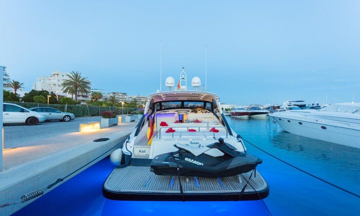 ibiza yacht hire baia 63 azurra julie