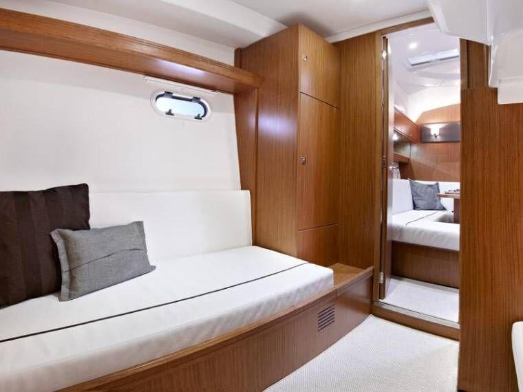 ibiza motor boat charter bavaria 39 sport ht