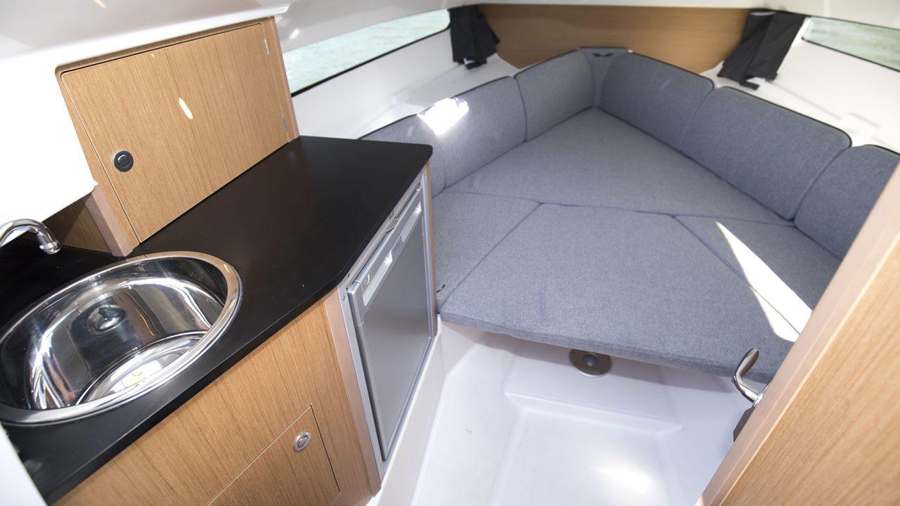 boat rental mallorca beneteau flyer 8,8