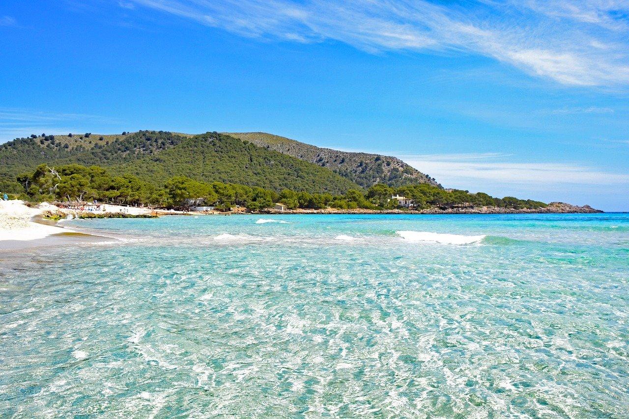 calas para fondear en Mallorca