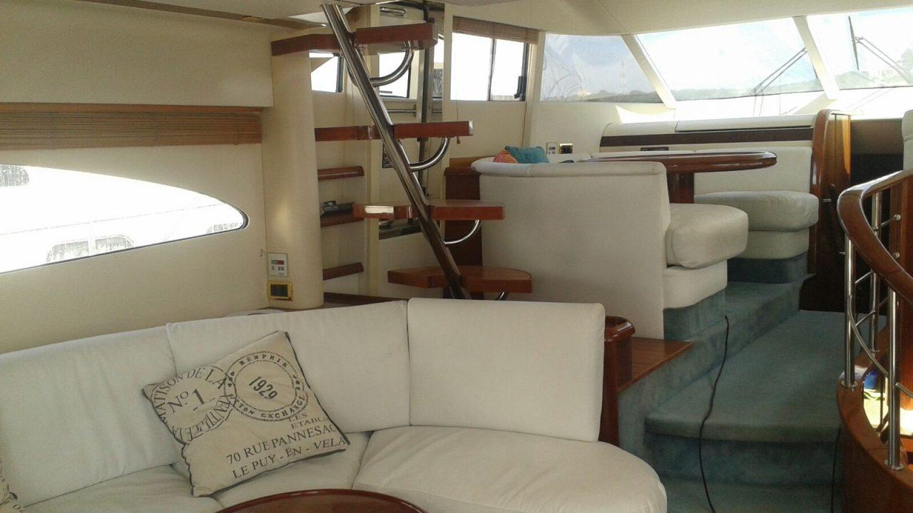motor yacht charter menorca fairline squadrom 55