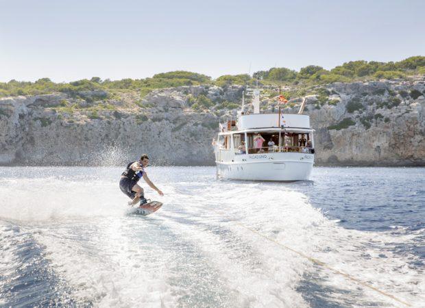 feadship falcao uno motor yacht rental mallorca