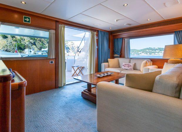 luxury yachts charter mallorca ibiza