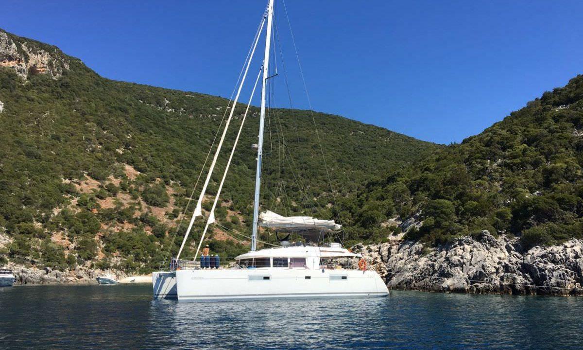 alquiler catamaran mallorca ibiza lagoon 56 big gani