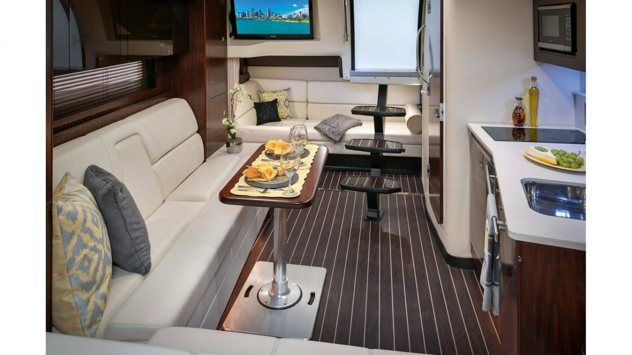 alquiler barcos motor ibiza monterrey 355