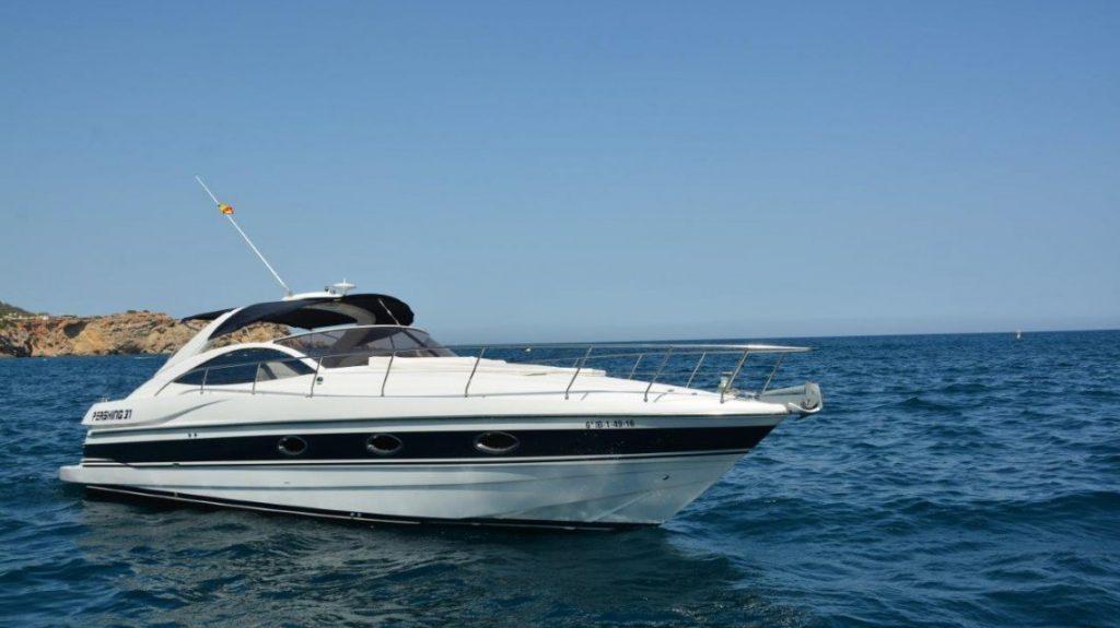 alquiler barco sin tripulación ibiza pershing 37