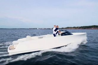 Q30 yachts