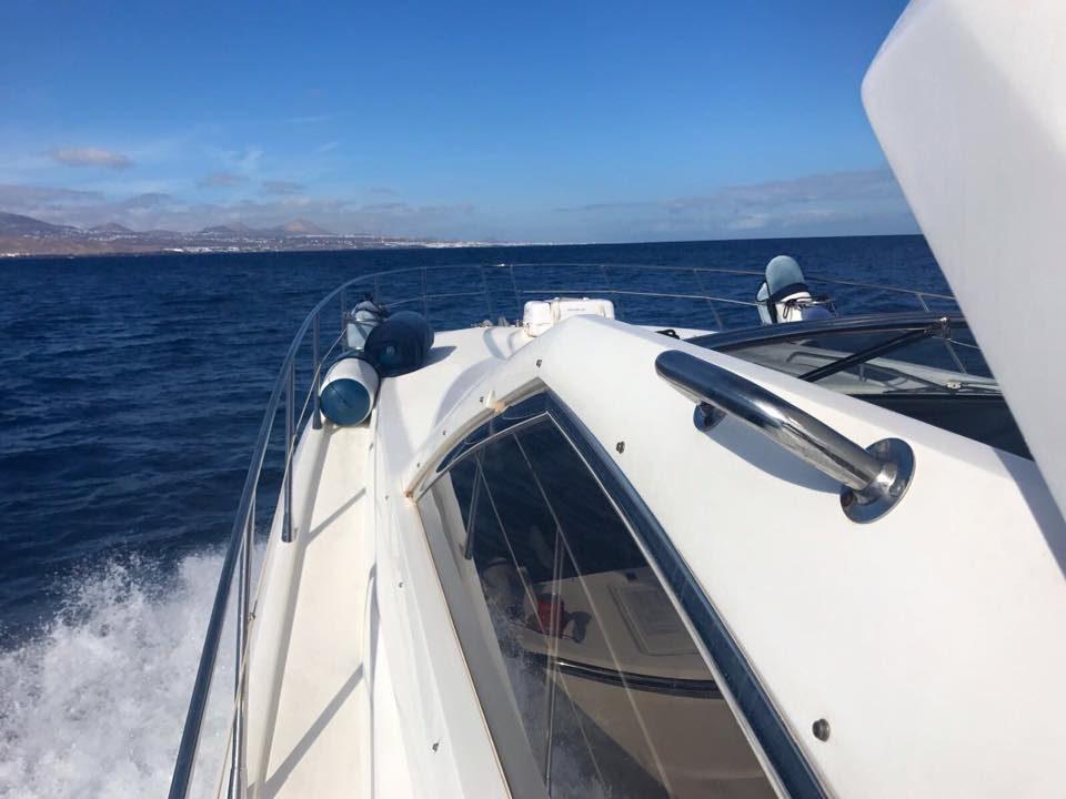 lanzarote barcos de alquiler sunseeker 53
