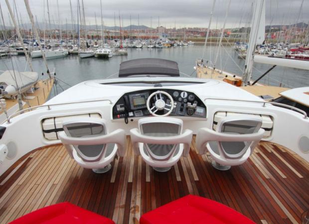 sunseeker 92 um7 crewd yacht charter ibiza