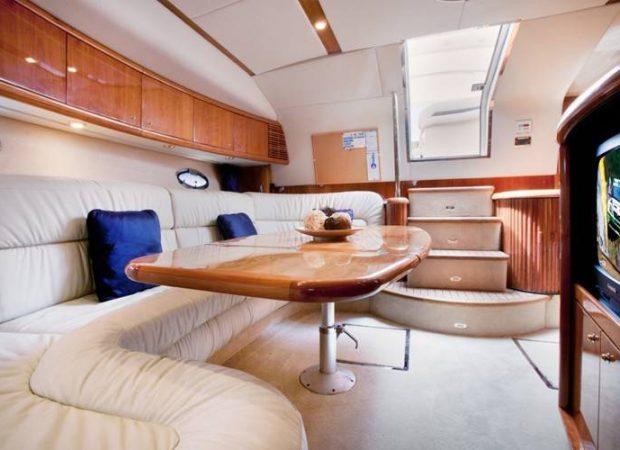 sunseeker 50 alquiler barcos motor barcelona