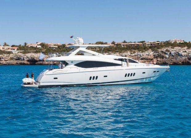 sunseeker 88 lijor alquilar barcos de lujo ibiza