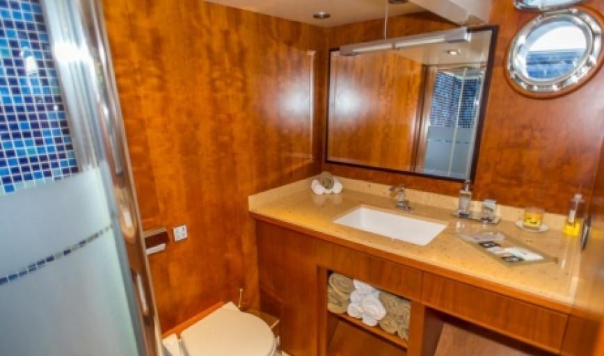 barcelona motor yacht charter alieva trawler 18m