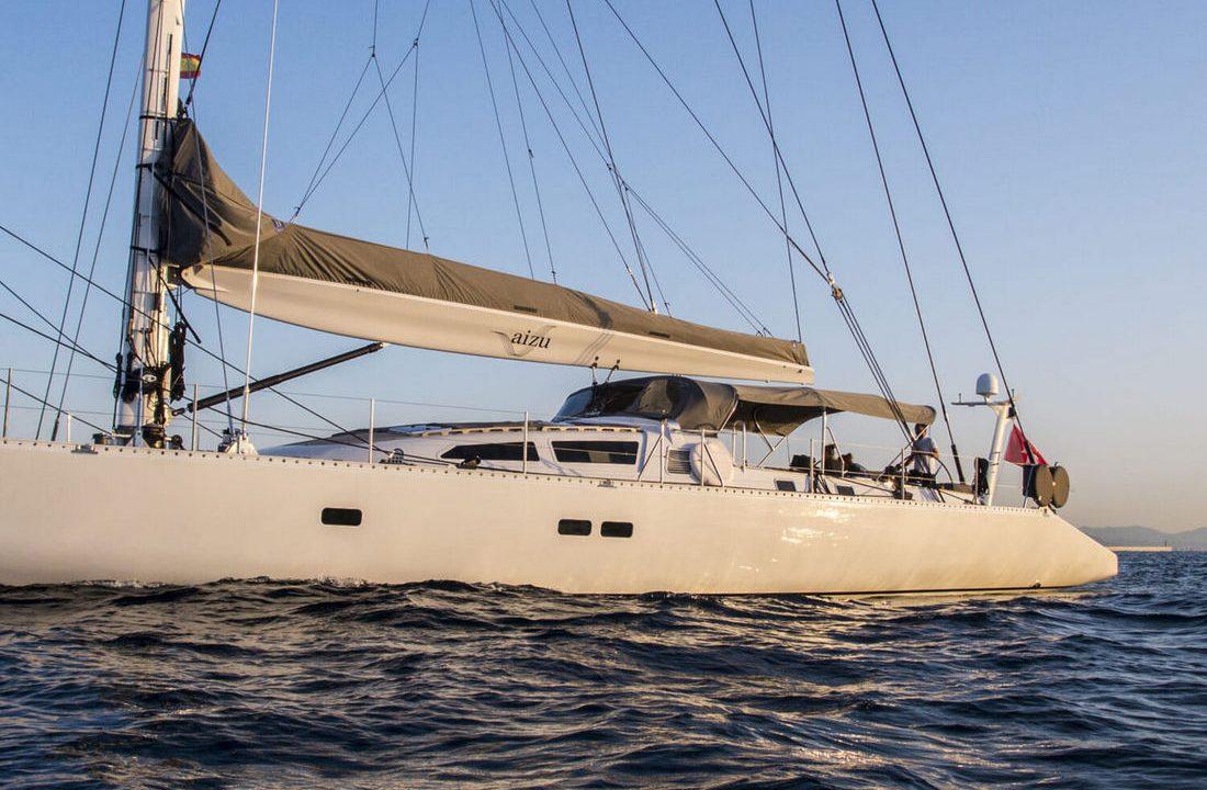 trehard 30m aizu alquiler veleros baleares