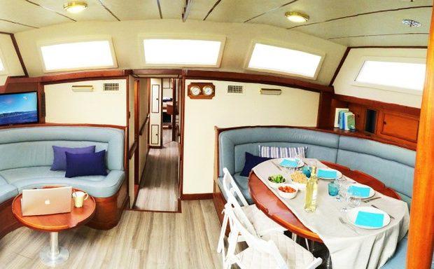 sailboat rental ibiza voyager dreams